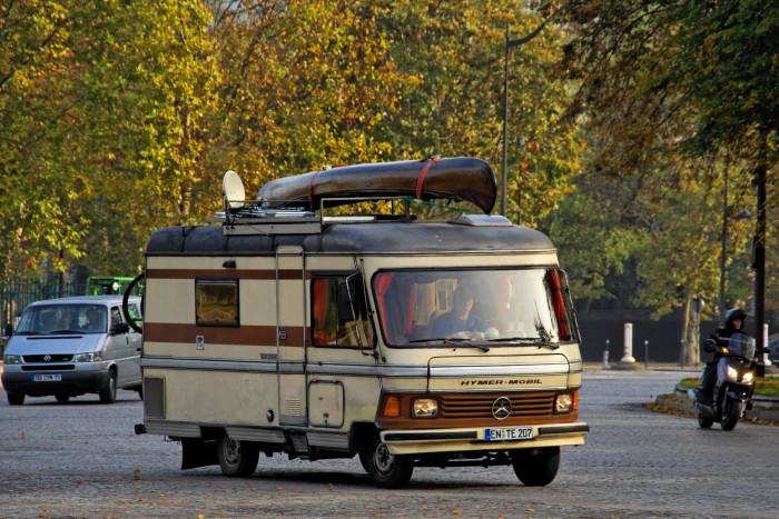 assurer votre caravane avant de partir en vacances. Black Bedroom Furniture Sets. Home Design Ideas